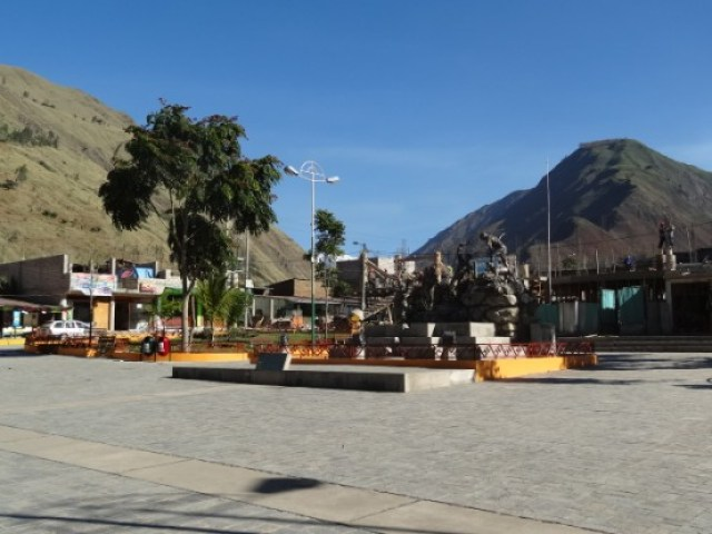 Perou-Santa Teresa: La place principale.