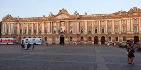 france-toulouse-place-capitole