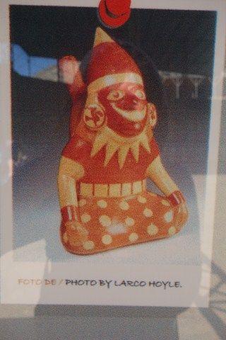 Perou- L'une des nombreuses poterie en image retrouvé sur les sites de la Huaca del Sol y de la Luna