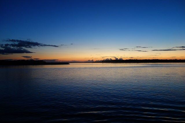 Voyage au Perou- Le bateau de la mort: Nous allons au lit. Le bateau est de nouveau sur les flots! Demain nous arrivons à Iquitos...ou pas!