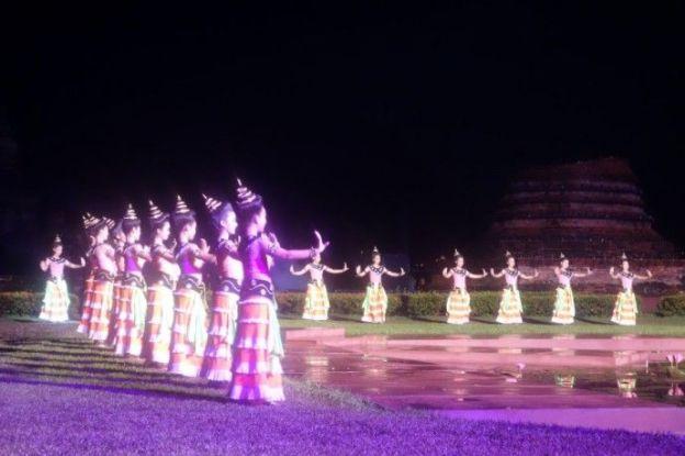 travel-voyage-sukhothai-bouddha-unesco-loy-krathong