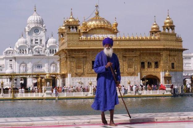 temple d'or amritsar photo blog voyage tour du monde https://yoytourdumonde.fr