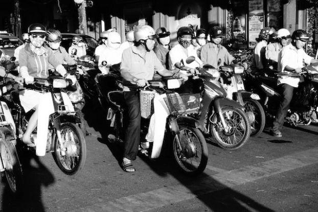 Vietnam: Si une chose doit caractérisé Saigon c'est bien la moto! Saigon est la ville où il y a le plus de moto en circulation dans le monde!
