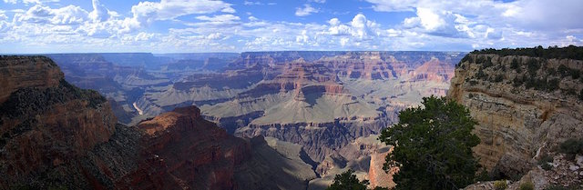 L'immensité du Grand Canyon dans l'Ouest des Etats-Unis, photo blog tour du monde https://yoytourdumonde.fr