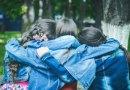 8 Cara Sederhana Menjadi Sahabat Sejati