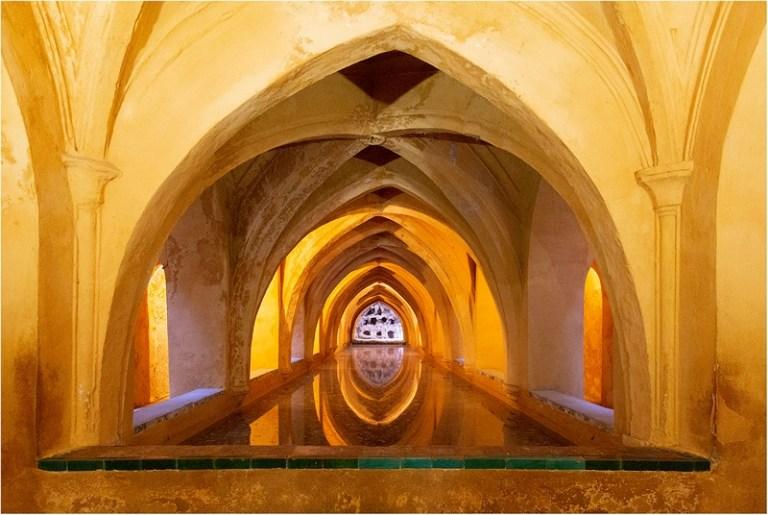 SHEF22173_Jane Perryman_Baths Royal Alcazar Seville_800px