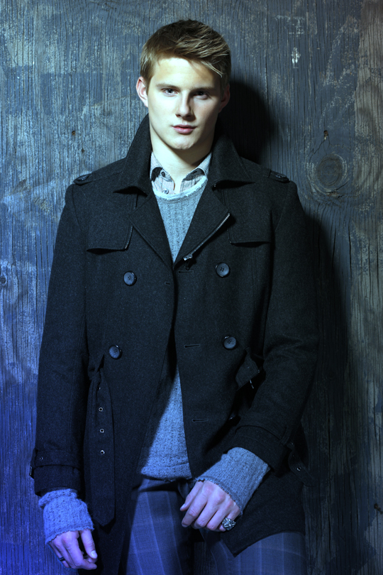 alex ludwig 3 - ALEXANDER LUDWIG - Color Me Cool
