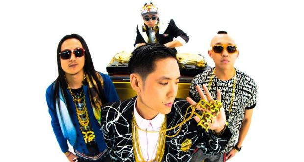 "577 - Far East Movement Collaborate With Justin Bieber on  ""Live My Life"""