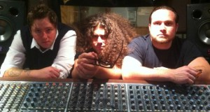 "coheed and cambria - Video: Coheed and Cambria Cover ""Somebody That I Used To Know"""