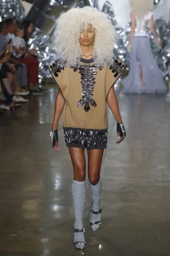 57d60de68f8ff1473646054 w760 h1142 - The Blonds Spring Summer 2017 Womenswear @theblondsny @davidblond @phillipeblond @milkstudios @made #NYFW