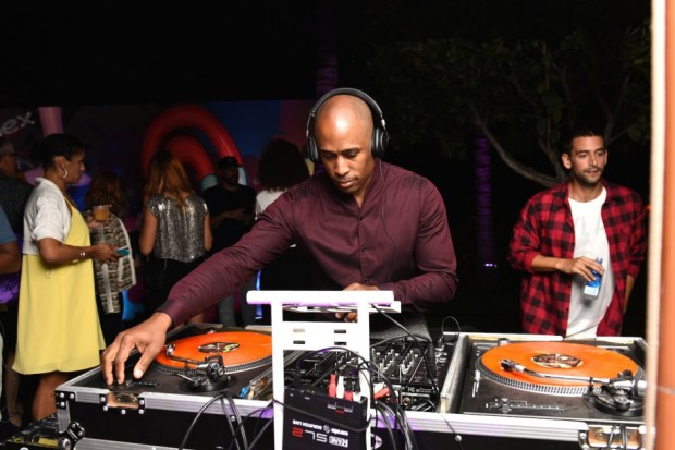 BFA 18357 2296102 920x614 - Event Recap: CRASH and Ali Shaheed Muhammad Pool Party with Starwood Preferred Guest from #spgamex @AmericanExpress @crashone @AliShaheed #ArtBasel