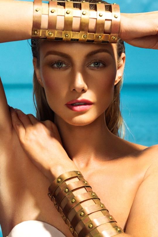 3B9A4693 Edit HIGH RES copy 540x811 - #ModelPerspective – Larissa Drekonja by Brana Dane @LarissaDrekonja @Neon_Coat @dane_brana #neoncoat