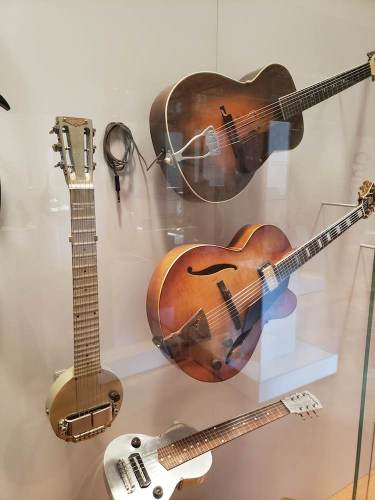 20190214 112232 375x500 - Newly Renovated Musical Instruments Gallery @metmuseum Opens