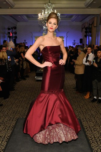 1136706000 - Event Recap: Randi Rahm Fall Evolution-An Evening of #Fashion & #Music @TJMartell @MaggieBaugh #RandiRham #couture @dia_getty