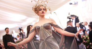 metgalajuliagarner - Zac Posen x @GEAdditive x @Protolabs unveil breathtaking #3Dprinting collaboration at the #MetGala2019 @Zac_Posen #ZPLovesTech