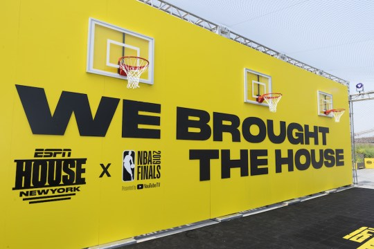 RS664030 2019 6 5 ESPN NBA Finals Pier 17 007 540x360 - Event Recap: ESPN House: New York / 2 Chainz Concert for #NBAFinals @espn @Pier17NY @2chainz @Rjeff24 #ESPNHOUSE