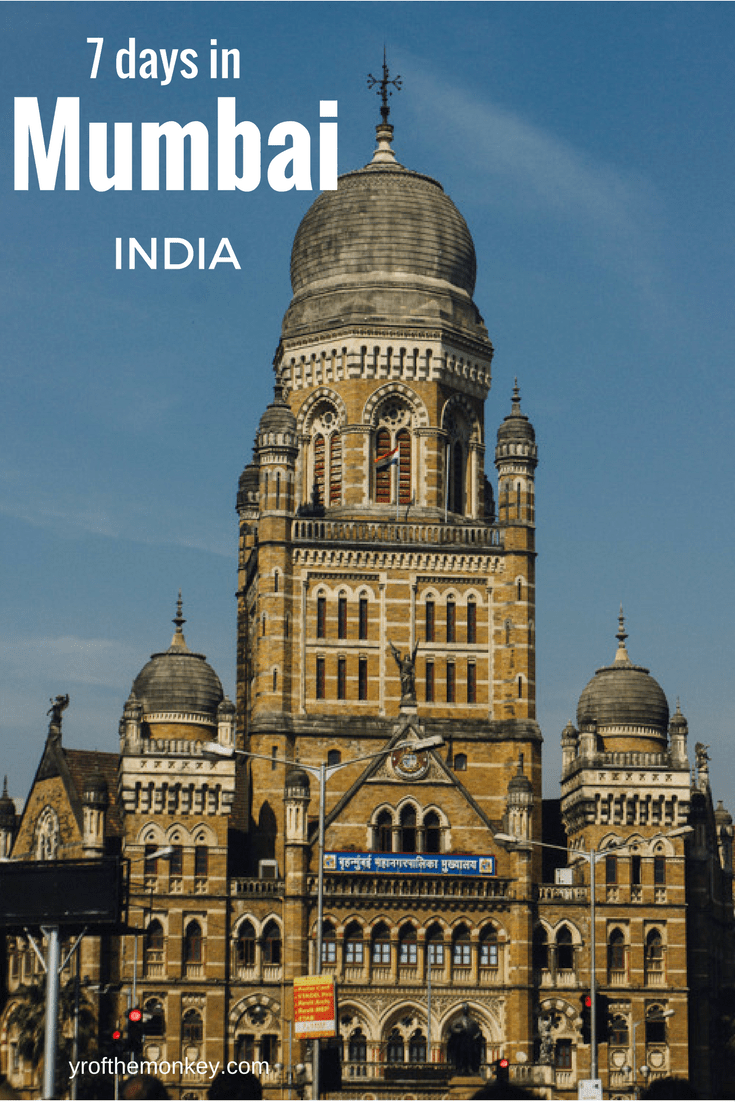 Traveling to Mumbai, India for the first time? Here is a handy guide to Mumbai sightseeing and main attractions for the first timer in India's largest city. Pin this to your India or Asia board for all Mumbai tourist attraction ideas #mumbai #india #asia #bollywood #incredibleindia #indiatourism