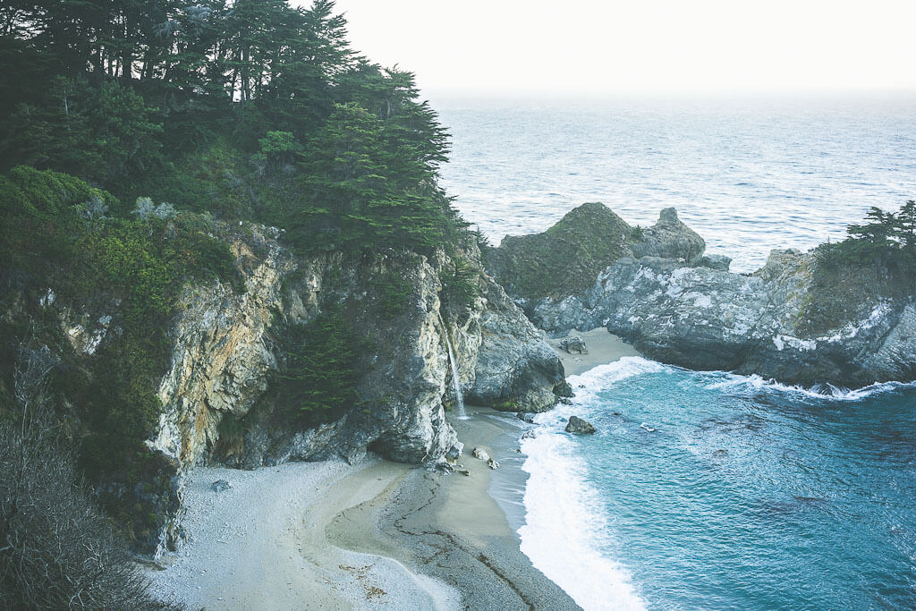 Big Sur road trip, stops, Bi sur itinerary, pacific coast highway stops, northern california road trip itinerary, california coast road trip, west coast USA road trip, highway 1 stops, big sur guide, Julia Pfeiffer Burns park, Mcway falls