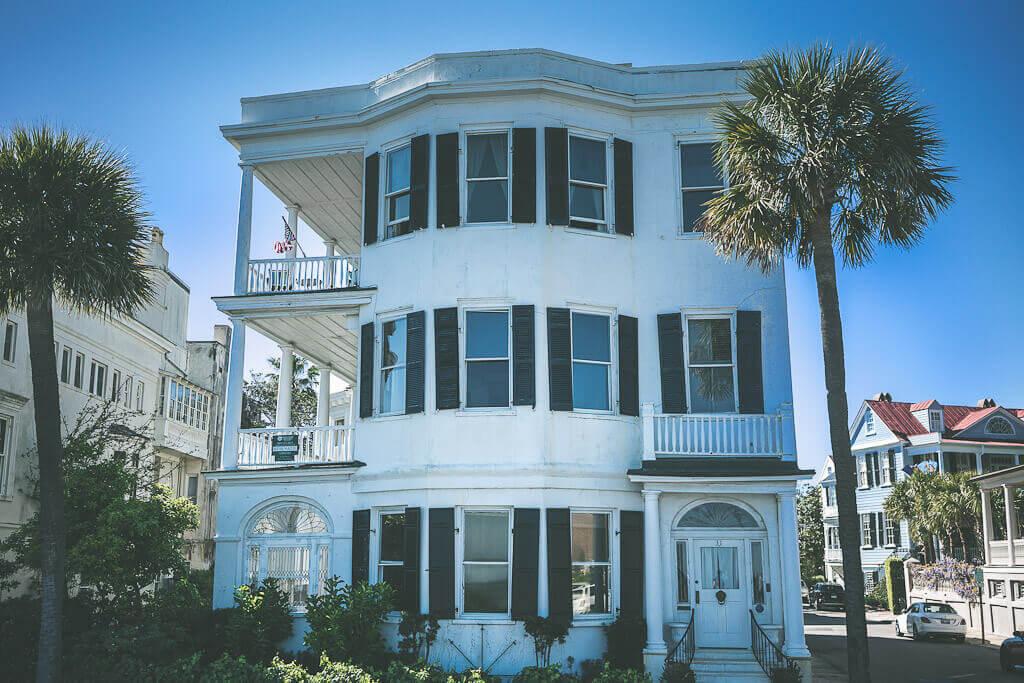 Charleston itinerary must do: walking tour of Charleston