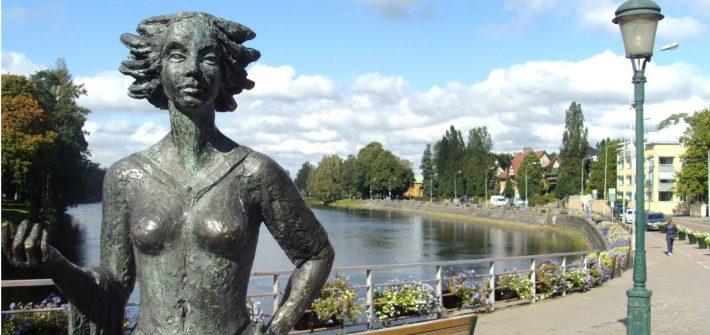 Sola i Karlstad, Suecia