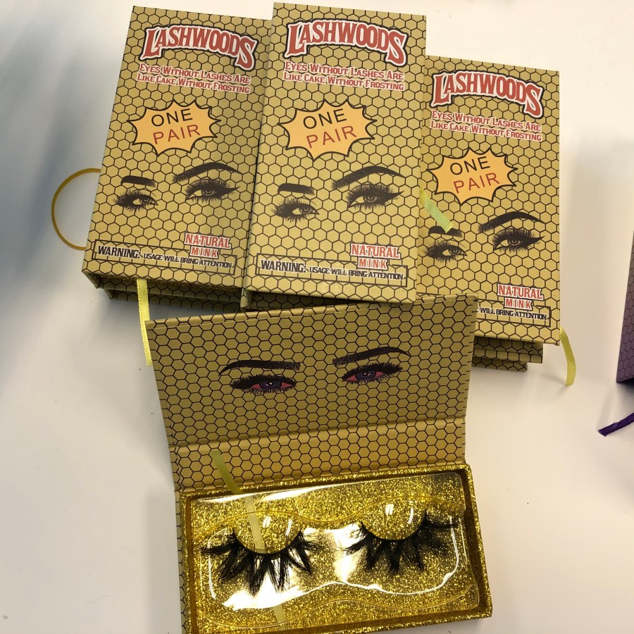 Lasheswoods Mink Lashes Packaging
