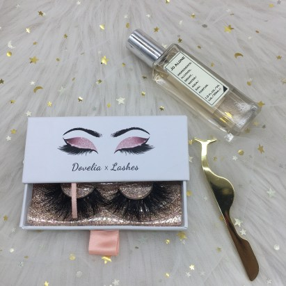 wholesale custom eyelash vendor