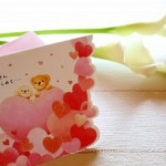 母の日のプレゼントは社会人なら何を?予算別と特別な記念になる物は?