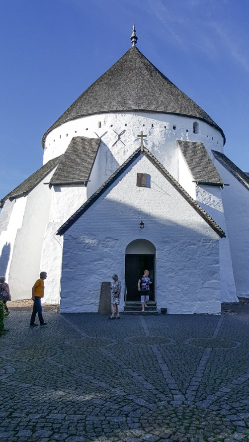 Østerlars kyrka