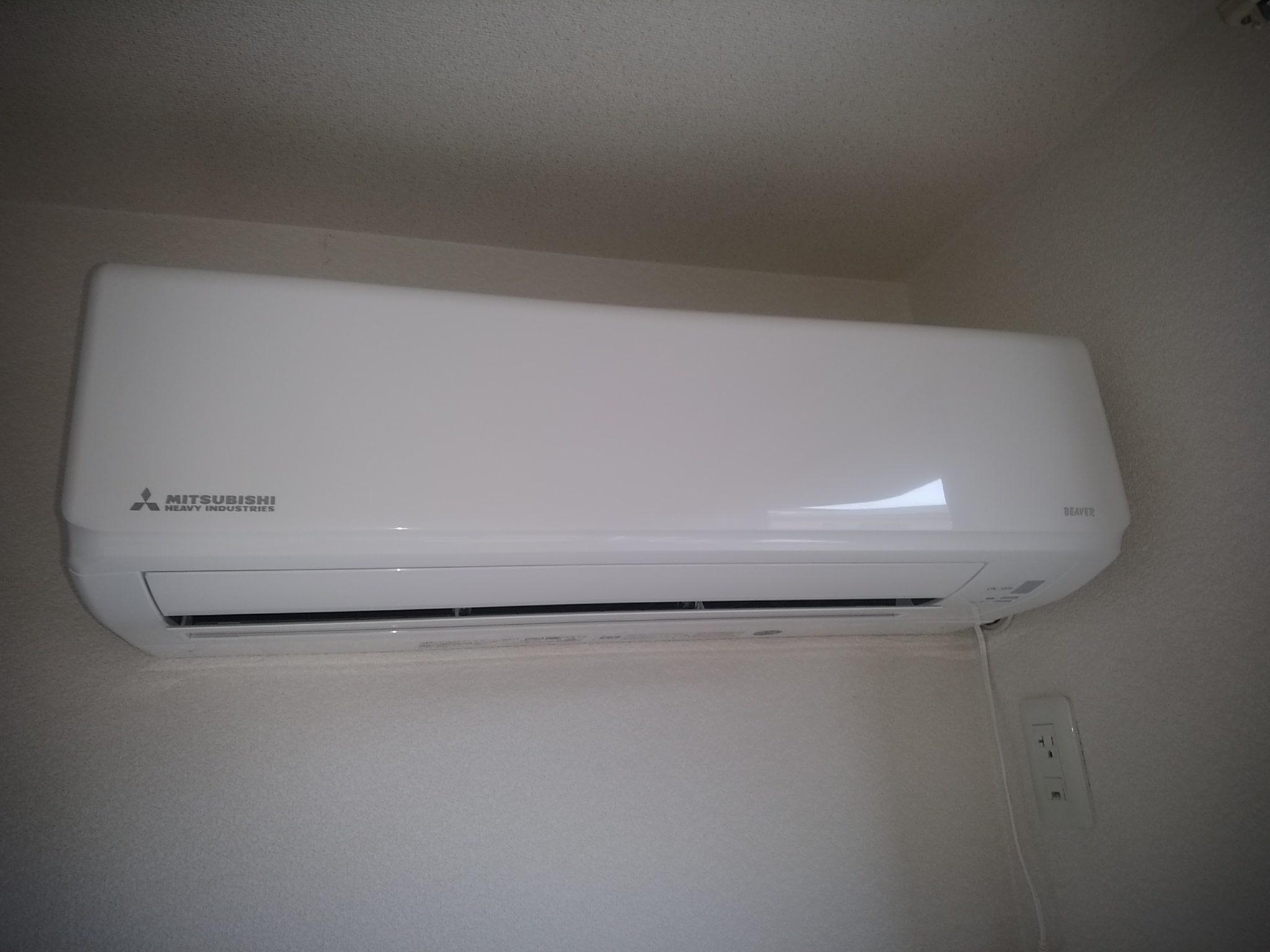 エアコンをつけっぱなしにするとカビが生えやすい?