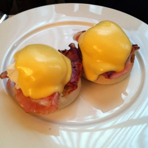 poached eggs with bacon on muffin at Berners Tavern   ytTastes   Yvanne Teo