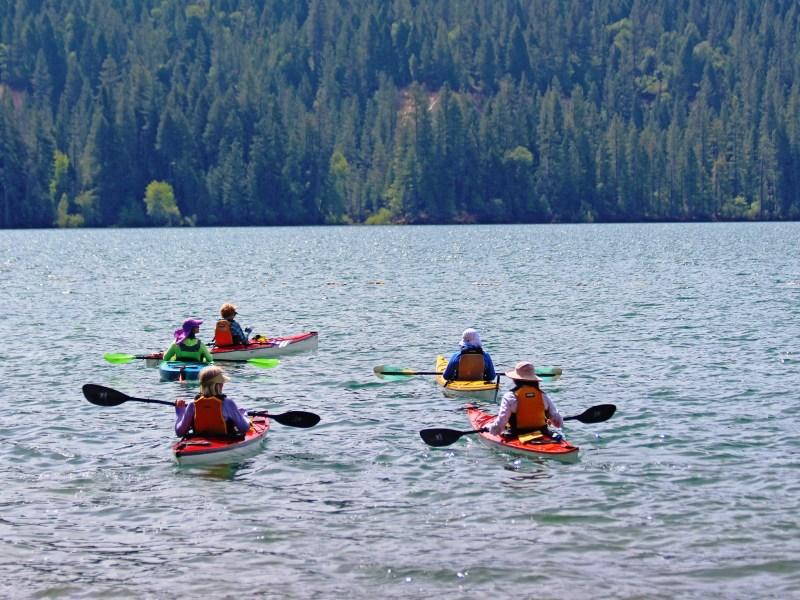 Kayakers on Scotts Flat Lake