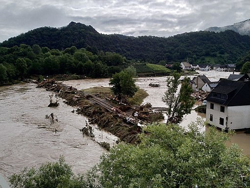 Record daily rainfall events induced by climate change have risen in frequency, such as the flood in Western Germany in summer 2021 ( Picture: M. Seifert for Wikimedia Commons).