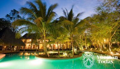 The Lodge Uxmal Pool Noche