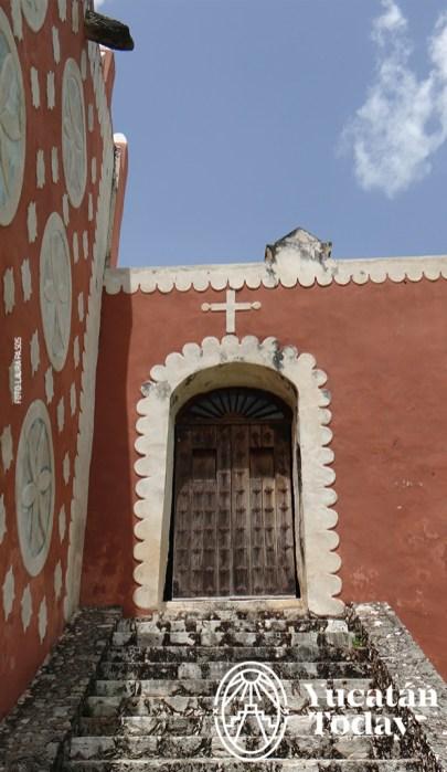 Uayma iglesia costado 2