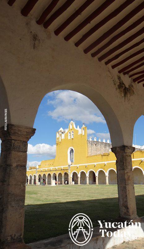 Izamal corredor convento