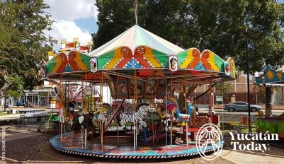 Parque-Aleman-Yucatan-Kids-Ninos-Carrusel