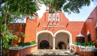 Hacienda-Teya-Entrance-by-Jose-Manuel-Rodriguez