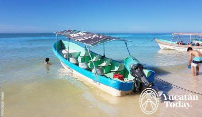 Celestun Playa Barco Tour