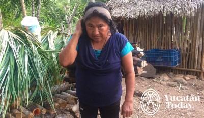 Mujeres-Lenadoras-en-Kambul-Yucatan-by-Alejandro-Medina