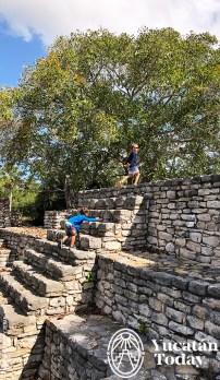 Xcambo-Maya-Piramyds-ClimbingKids-by-Andrea-Mier-y-Teran