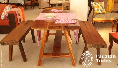Muebles-en-Transito-picnic-table-by-Claudia-Amendola