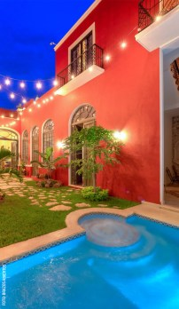 Casa-Siete-BAI-House-Tour-Patio-y-Piscina-Noche-by-BAI