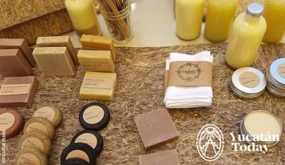 Mercado Cero Basura JAbones Crema toallas bt Cassie Pearse