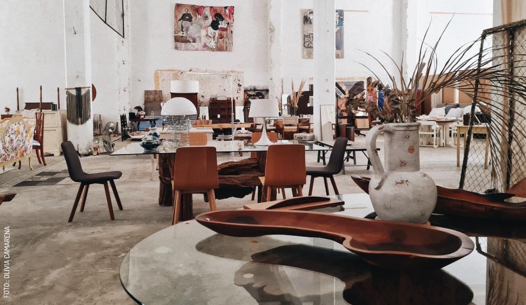 Muebles en Tránsito: Una Experiencia Ecléctica