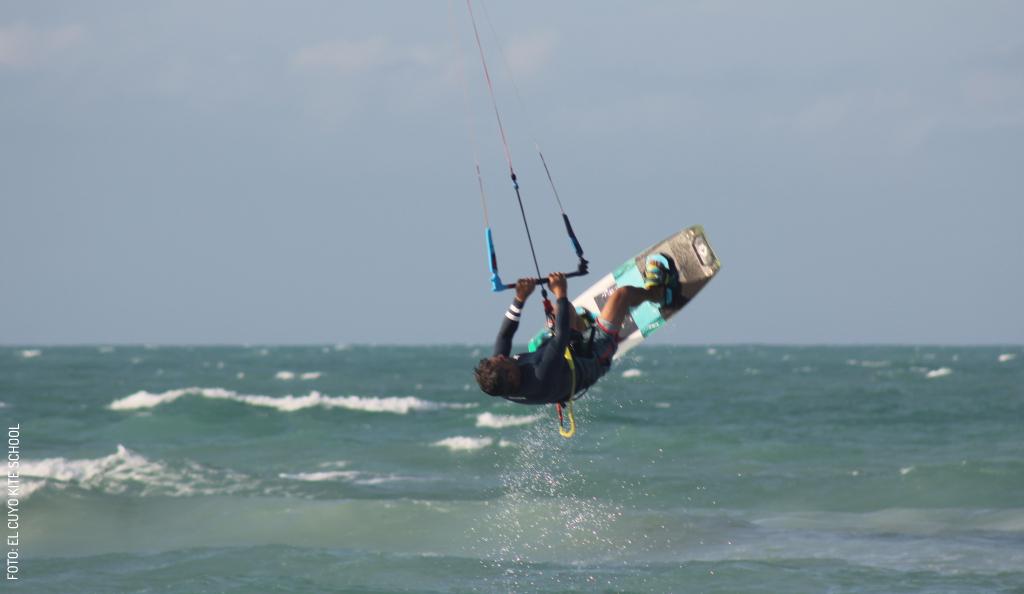 El Kitesurf, un Deporte Que te Cambia la Vida