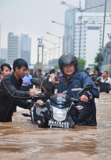 Banjir-Kawasan-HI-170113-wpa-jpg_100536