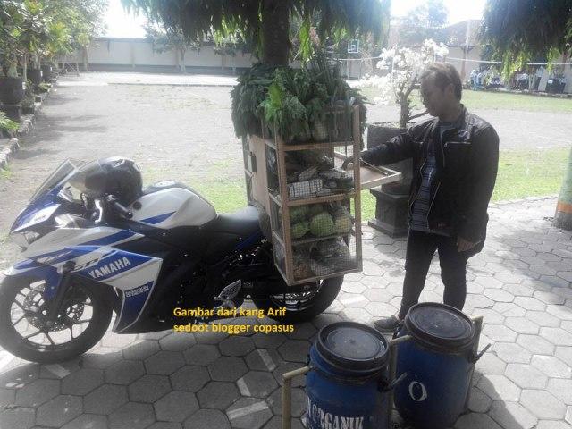 Yamaha-R25-Buat-Jualan-Sayur