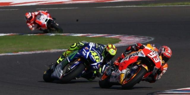 Rossi VS Marquez Arentina 2015