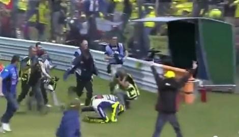 Rossi guling dirumput 2
