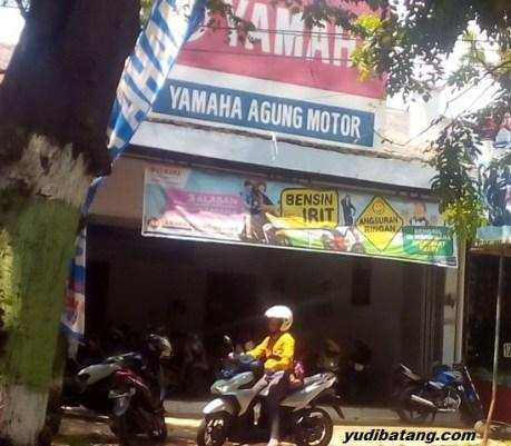 karyawan dealer motor
